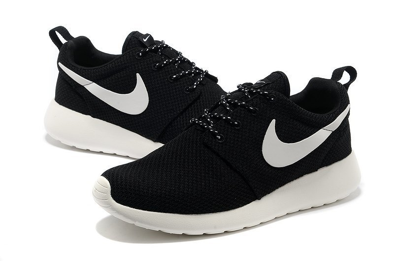 running in nike roshe